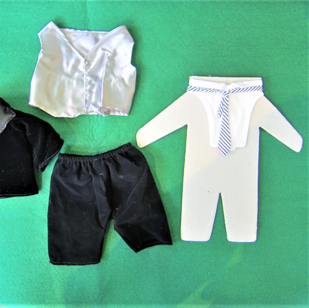 タキシード(簡易シャツとベスト、ズボン)